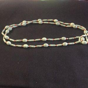 Jewelry - Unique bead necklace!